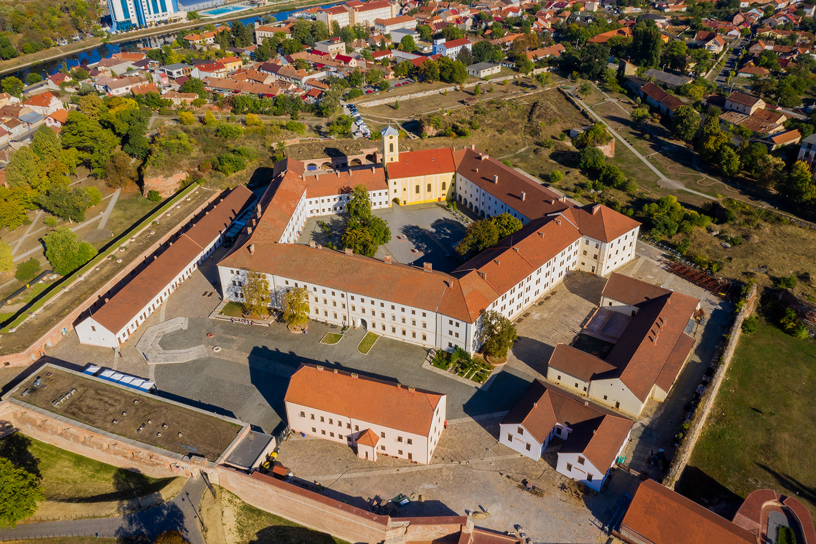 Muzeul Orasului Oradea (situat in Cetatea Oradea)