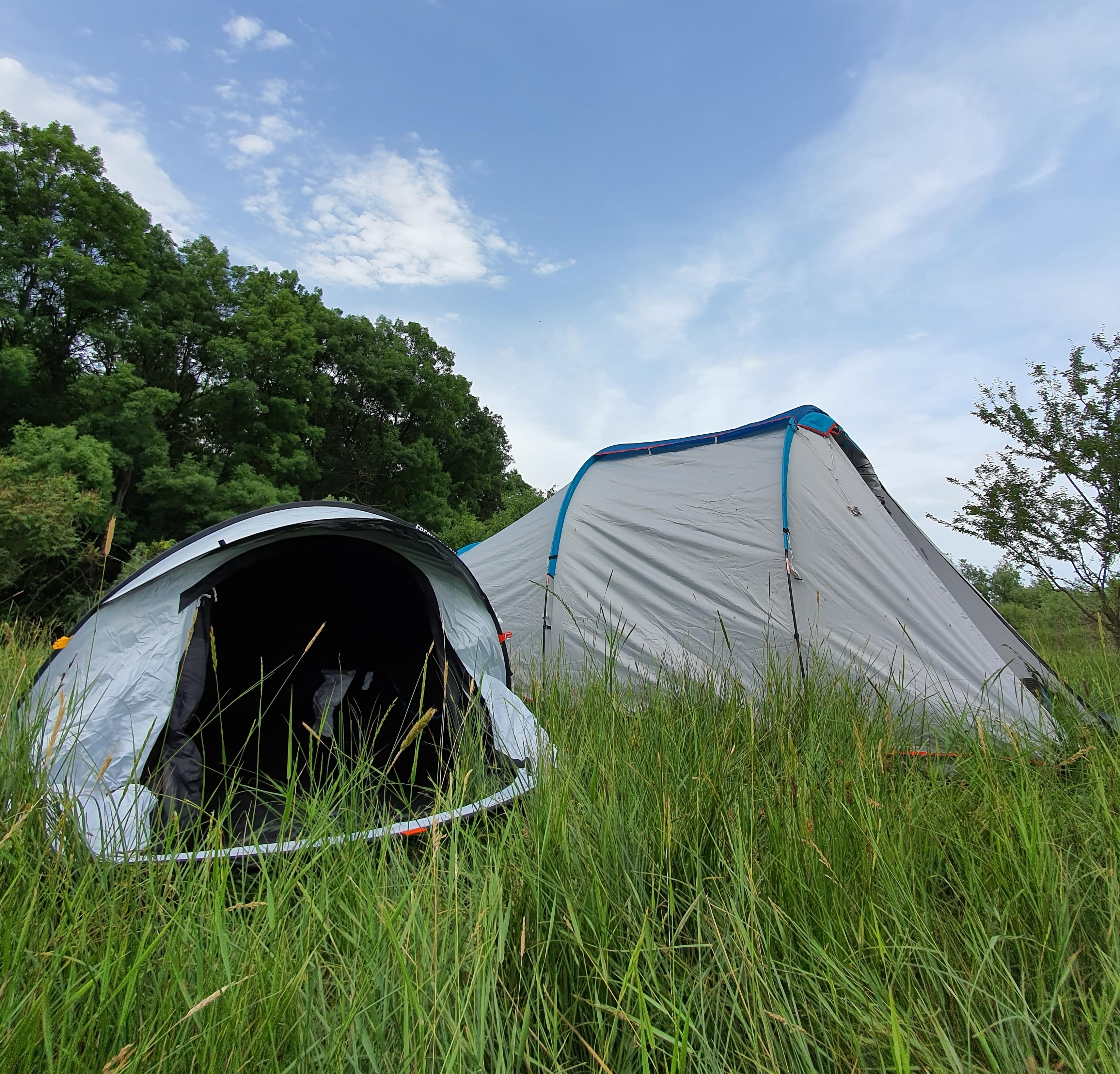 Inchirieri corturi și accesorii pentru camping