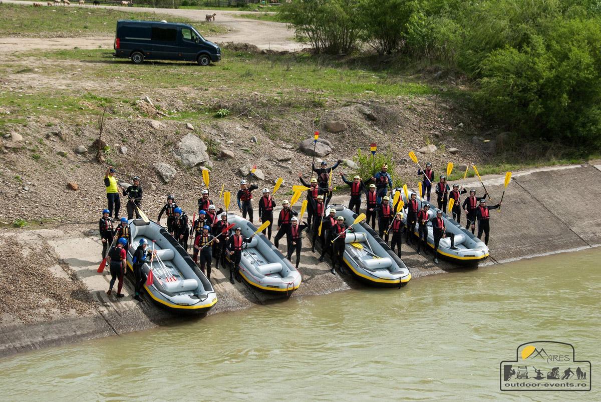 Rafting și Kayaking pe râul Buzău – Aventură & Distracție