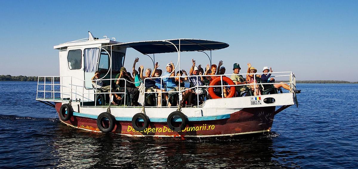 Excursie Lentă în Delta Dunării, cu Vaporașul - Program Privat