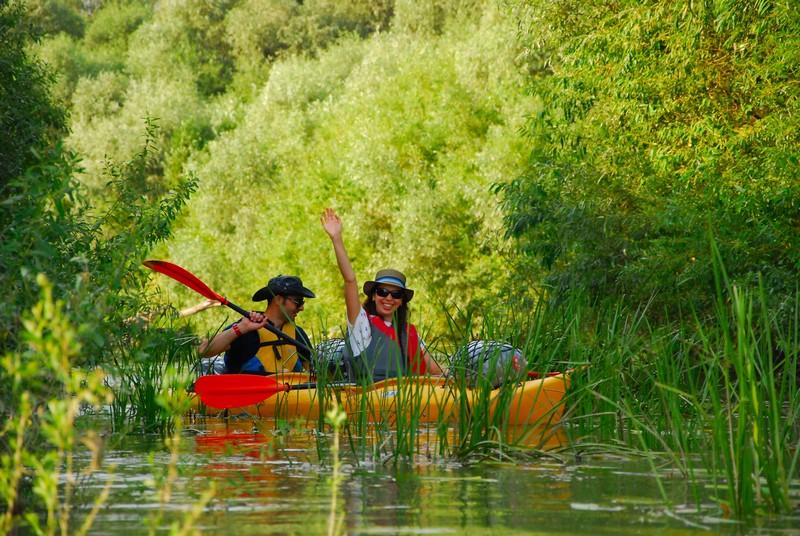 Ture cu caiacul în Delta Dunării pentru 4 zile la Mila23