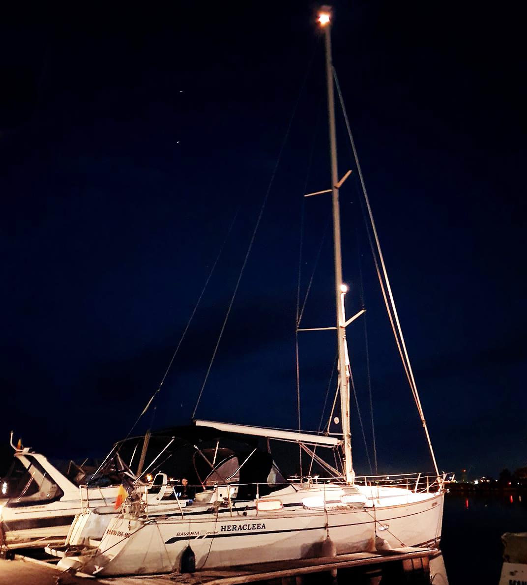 """Petrecere de neuitat pe yachtul """"Heracleea"""" la Marea Neagră"""