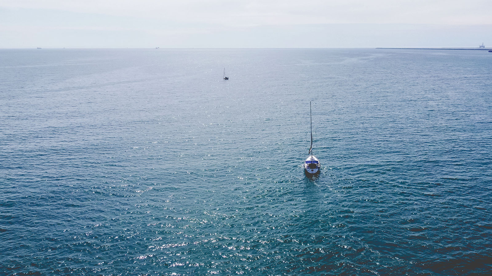 Plimbare spectaculoasă cu Velierul pe mare