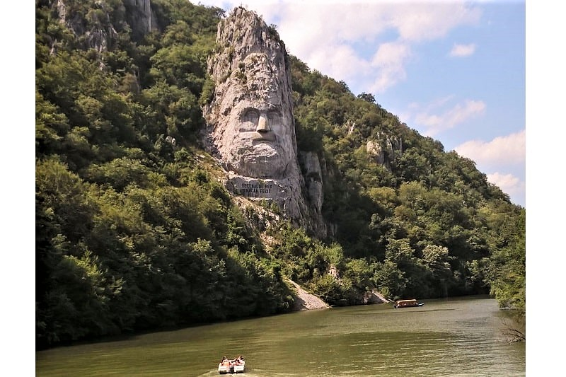 Excursie la cascada Bigar și defileul Dunării cu plecare din Timișoara