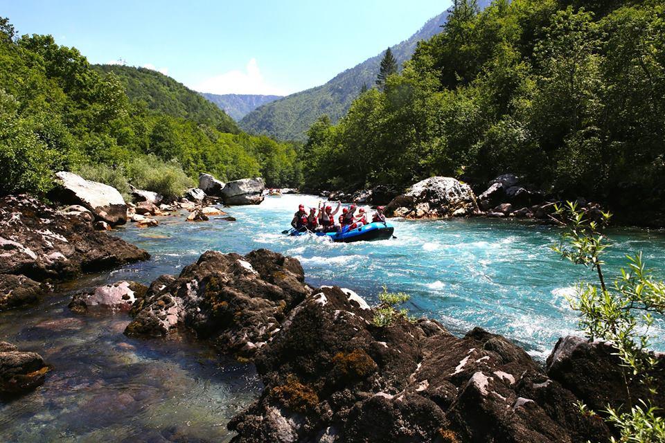 Rafting Muntenegru pe lacrima turcoaz a Europei