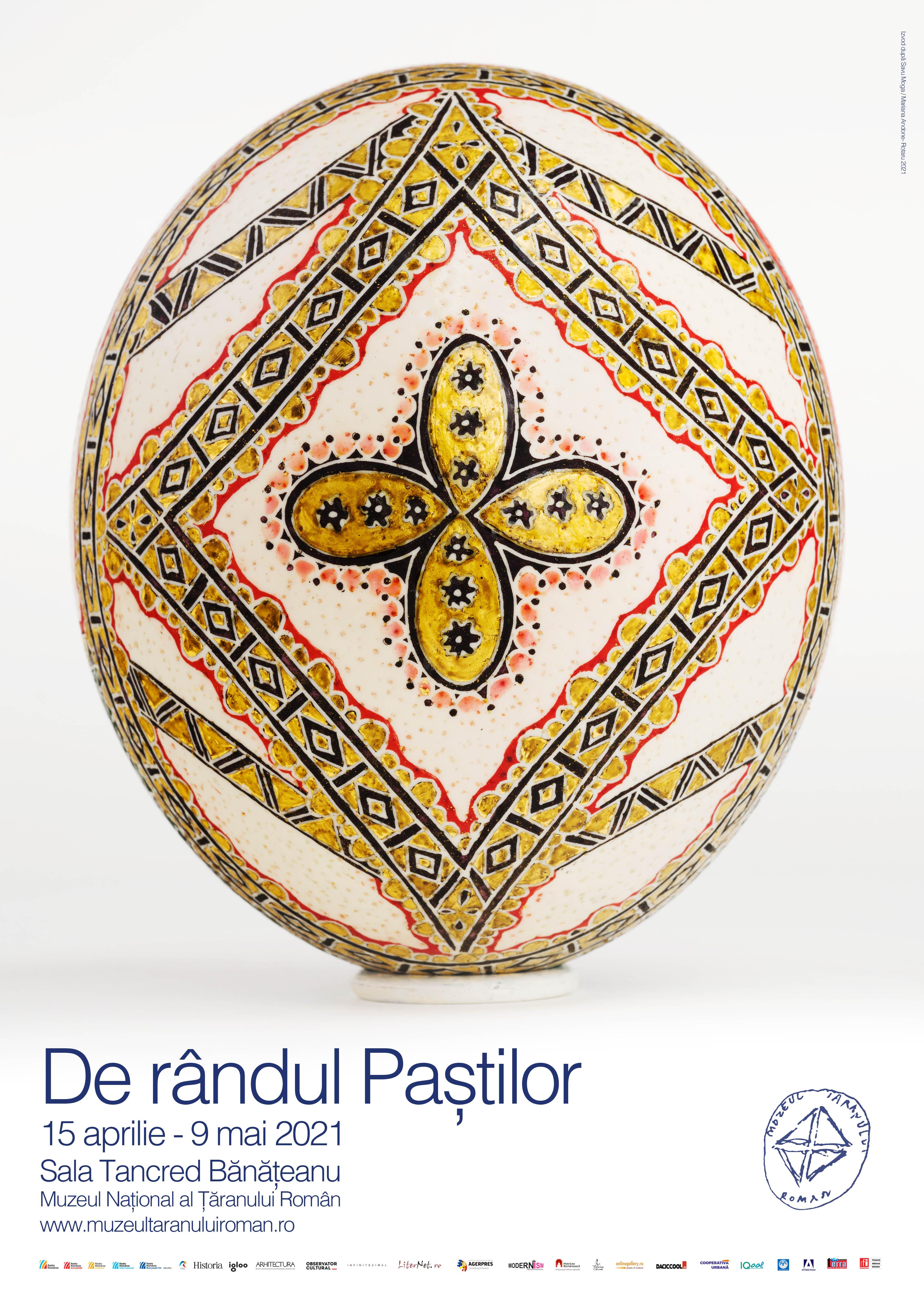 DE RÂNDUL PAȘTILOR - Expoziţie de icoane încondeiate pe ouă de struț