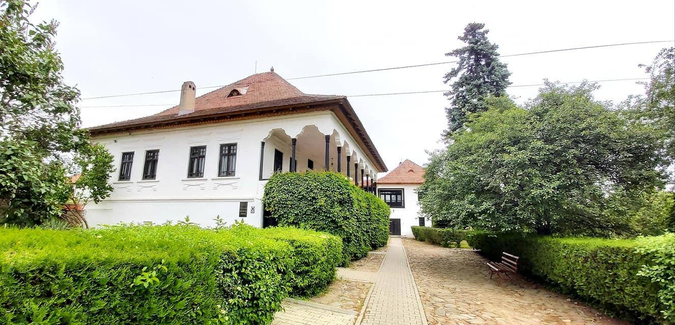 """Muzeul Memorial """"Nicolae Iorga"""" - Vălenii de Munte"""