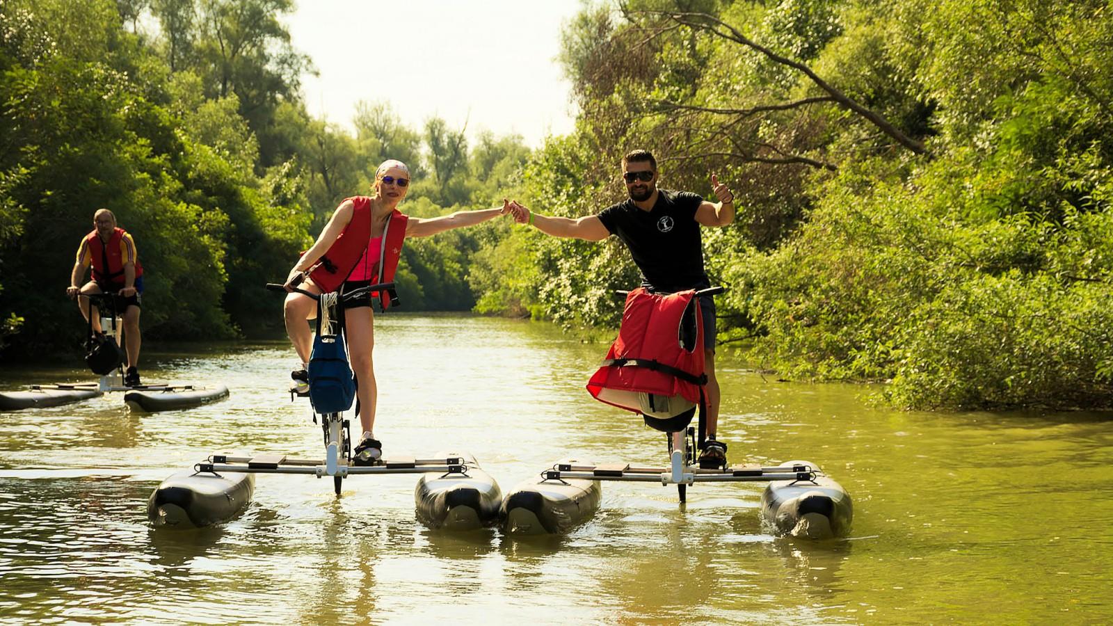 Plimbare bicicleta nautică Delta Dunării