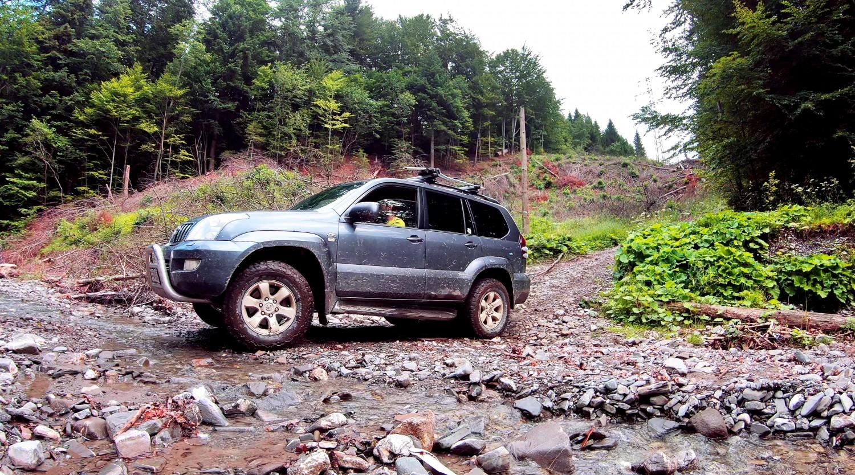 OFF-ROAD 4X4 în Munții Baiului