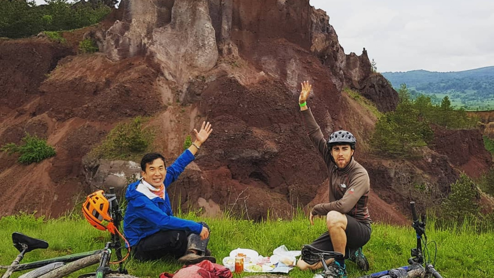 Turul Sălbatic în Transilvania pe E-bike