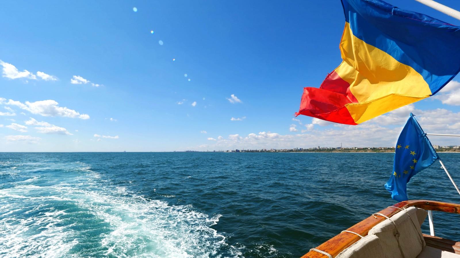 Plimbari in largul marii cu vaporul Kaptan M