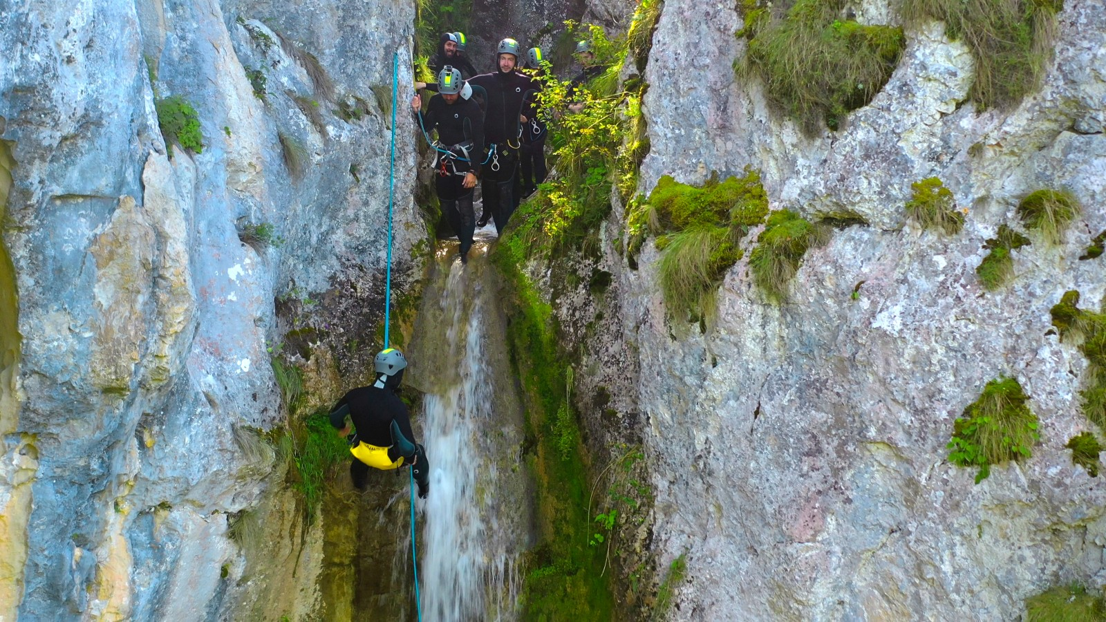 Canyoning la Vânătările Ponorului din Munții Apuseni