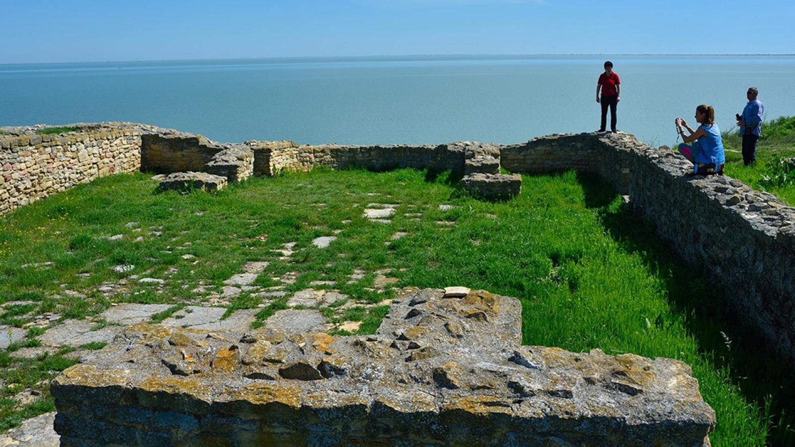 Excursie de o zi în Dobrogea 3 Cetăți - Enisala, Argamum, Histria - Privat