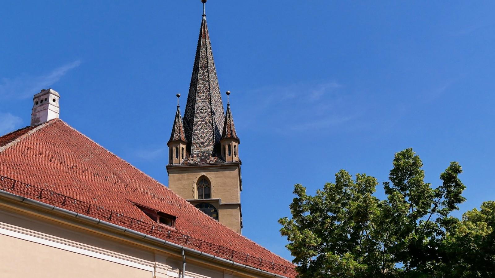 Turul panoramic al orașului Sibiu în limba romana