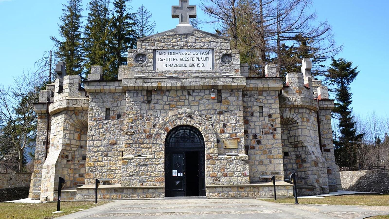 Mausoleul Eroilor din Soveja